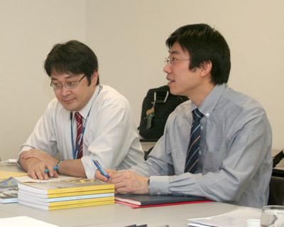 Susumo Saito e Dapeng Cai