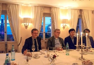 Bernd Kortmann, Till Roenneberg, Dapeng Cai and Takaho Ando