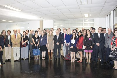 Group photo with the Minister of Education, Renato Janine Ribeiro