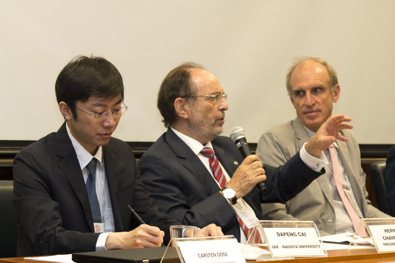 Dapeng Cai, Hernan Chaimovich and Martin Grossmann